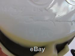 2468CJB Entwined Black & White, Kelsey Murphy/Robert Bomkamp CARVED'Cameo' Vase