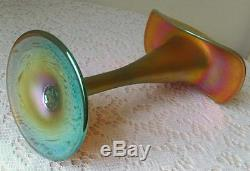 9½ Iridescent Art Glass Jack-in-The-Pulpit Vase Unknown Maker Steuben/Lundberg