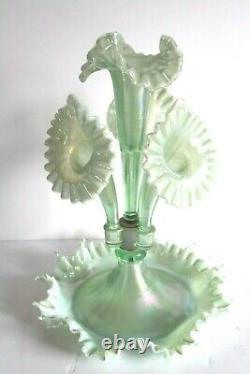 Amazing Fenton Art Glass Carnival Green Mist 4 Horn Epergne