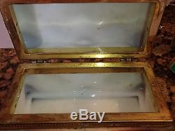 Antique WAVE CREST Puffy Egg Crate Rectangular Brown DRESSER BOX 7 Face Feet