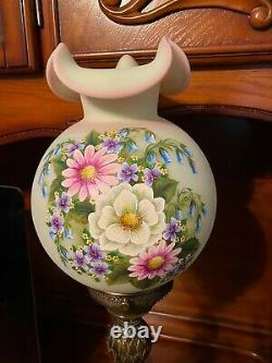 Beautiful Mint Green And Pink Burmese Fenton Lamp, Painted And Flawless