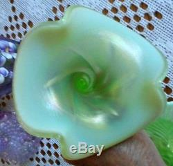 Fenton Art Glass Key Lime Opalescent One Horn Epergne 2010