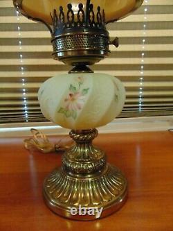 Fenton Burmese HP Paisley Student Lamp Nice