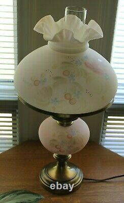 Fenton Lamp 1990 Watercolors very rare Great Condition