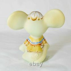 Fenton Limited Edition hand painted mouse signed M. Kibbe #23 of only 48