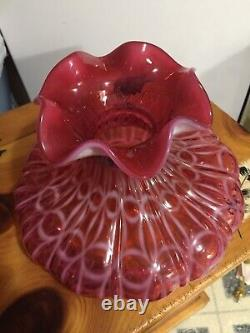 Fenton Mid-1990s Cranberry Opalescent Wedding Ring Optic 19 Student Lamp