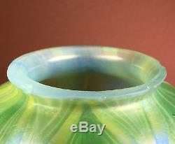 Fine Tiffany Studios Favrile Art Glass Lamp Shade Feathers
