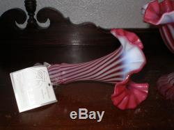 Gorgeous Fenton Cranberry Opalescent Spiral Optic One Horn Epergne Nr