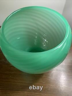 RARE Steuben Carder Jadeite Uranium Diagonal Spiral Vase Shape #6031