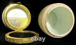 Rare Antique Wave Crest Nakara Decorated Glass Cigar Box by CF Monroe Hinged