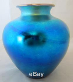 Signed Carder Steuben Blue Aurene Art Glass Vase 10-1/4 #2683