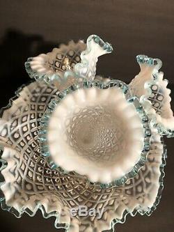 VTG Fenton 3-Horn Epergne Diamond Lace Aqua Blue Crest French Opalescent NM