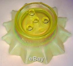 VTG Fenton Art Glass 4 Horn Epergne Topaz Opalescent Stretch Glass Vaseline 1997