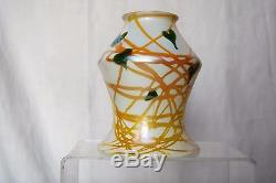 Very Pretty c. 1920 Signed QUEZAL Hanging Hearts Art Glass Shade for Handel Harp