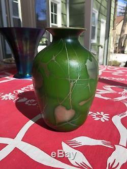 Very rare Steuben Green Aurene Vase with Gold Leaf and Vine decoration