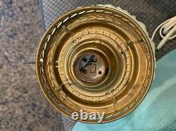 Vintage Fenton'uranium''vaseline' Custard Satin electric Hurricane Table Lamp